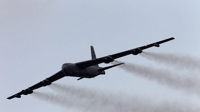 防報復 美軍在伊朗南部增派6架B-52轟炸機