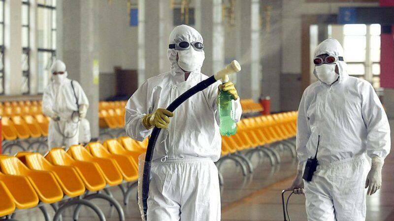 武汉肺炎疑扩散 华南市场居民送院隔离