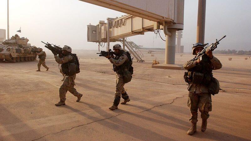伊拉克巴格达机场遭火箭弹袭击 至少7死