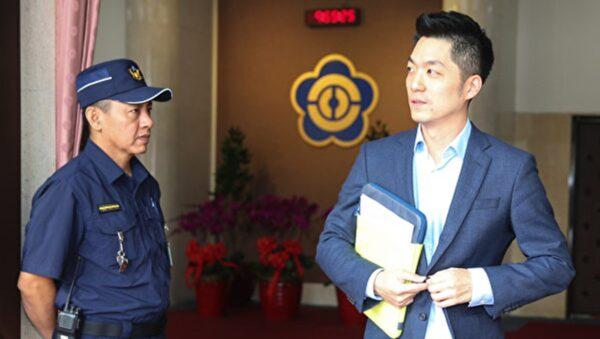 贏吳怡農近萬票 蔣萬安自行宣布當選台北立委