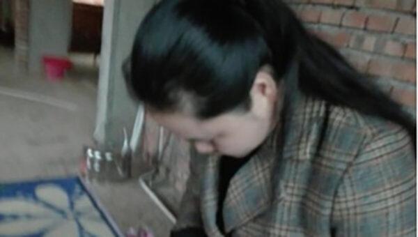 「潑墨女孩」董瑤瓊獲釋 被餵藥性情大變