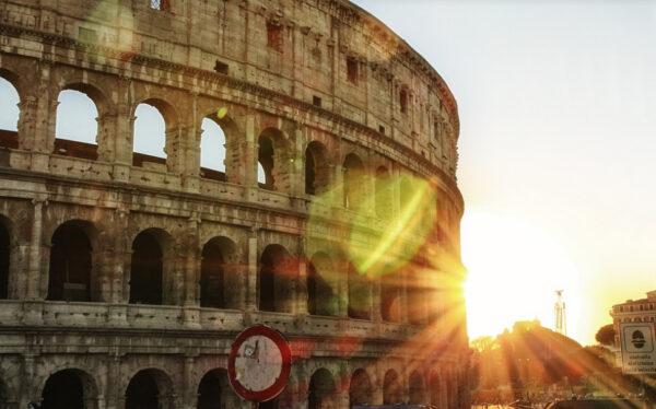 瘟疫肆虐罗马 每个巨大的坟墓容纳7万尸体