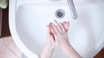 防疫为何要勤洗手?医生的回答让人讶异(组图)