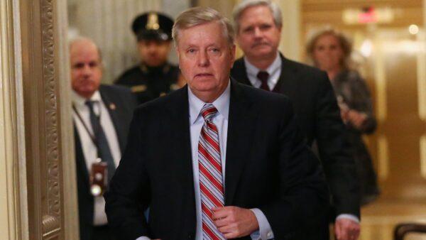 美國會參院將調查彈劾案舉報人及拜登