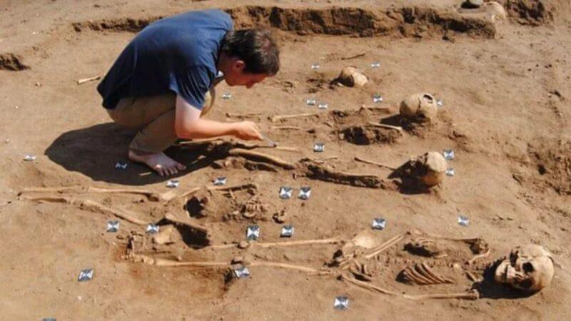 考古新發現!中世紀黑死病大瘟疫下 修道院做了什麼