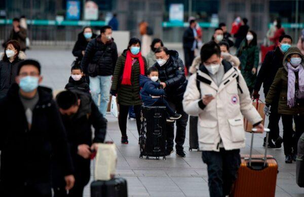 防堵病毒 俄軍機撤僑 暫停中國免簽及工作簽證