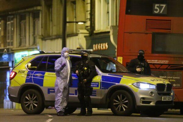 提前出獄又犯案 倫敦恐攻3傷凶嫌遭擊斃