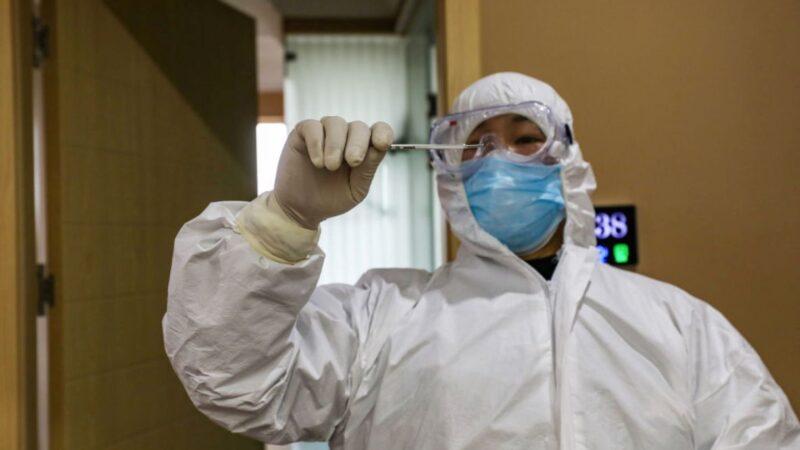 內部數據流出:武漢500醫護感染 首例12月發病