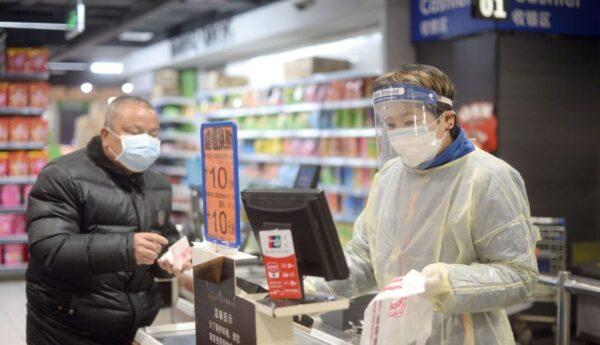 團購口罩買到武漢「救援物資」 網民炸鍋官方回應