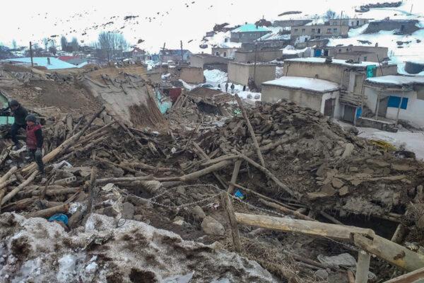 邊界5.7淺層地震 土耳其至少8死 村莊建築被毀