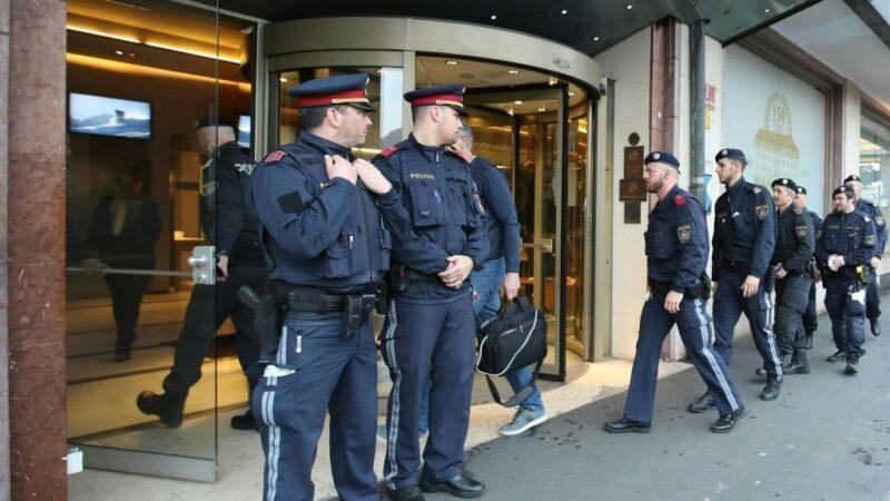 奥地利沦陷 意藉女员工确诊 饭店遭封锁