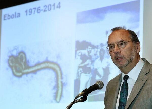 """伊波拉病毒发现者: 英国有武汉肺炎""""大爆发""""风险"""