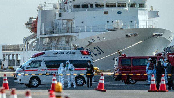 鑽石公主號肺炎病例激增 日本計劃試用艾滋病藥物