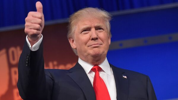 盖洛普民调:川普支持率达49% 上任来最高