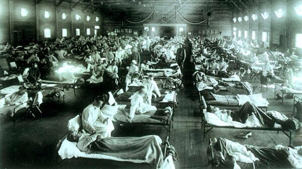 歷史上恐怖的一場瘟疫:「屍體堆到了天花板」
