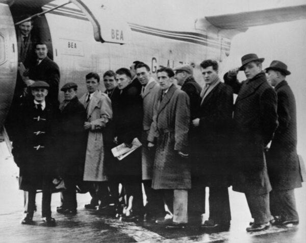 酿成曼联8名球员丧生的慕尼黑空难——体坛难忘瞬间 (二十)