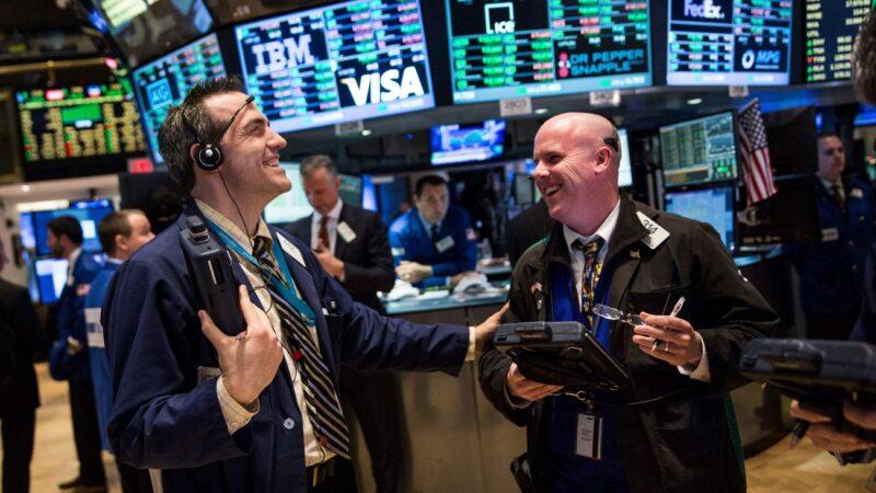 美联储3月或降息 道指大涨1293点 史上最强