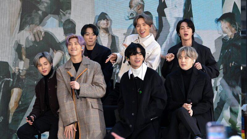 BTS正规四辑在日热销 获公信榜单周榜冠军