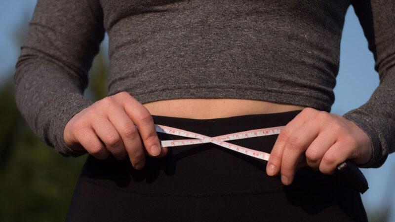 減腹部脂肪難?簡單三招瘦肚子甩贅肉(組圖)