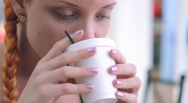 比喝咖啡还有效?早上提神的3种食物和3味茶饮(组图)