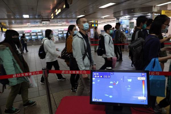 台北捷運測體溫 38度以上拒載