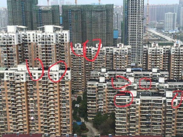 老黑:皇帝的新衣中國版本上演 生活很刺激 生活在中國更刺激!