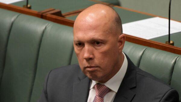 澳洲內政部長確診 加拿大總理夫婦隔離
