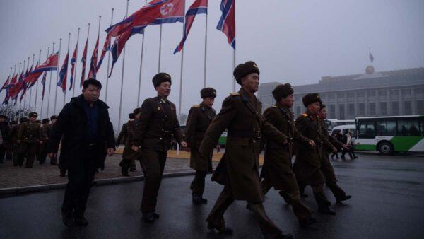 """朝鲜依旧""""零确诊"""" 知情者曝3人因防疫被枪毙"""