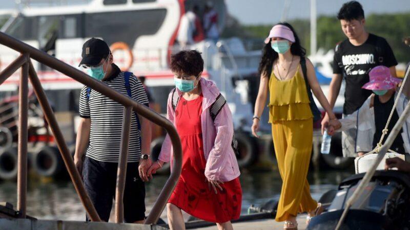 疫情爆发 华人留巴厘岛拒回国:不相信中共