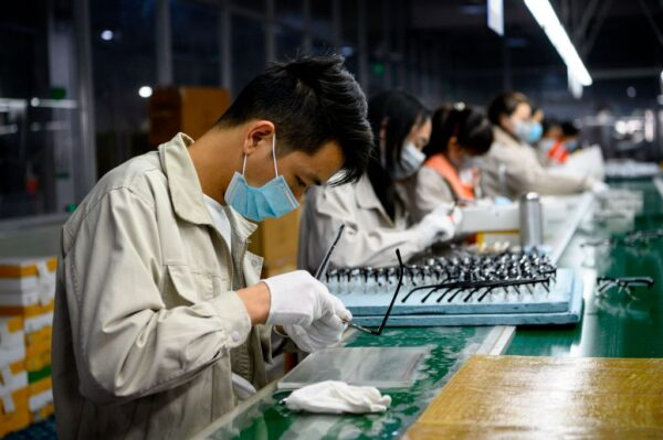 美国加强疫情防控 陆企复工受供应链影响