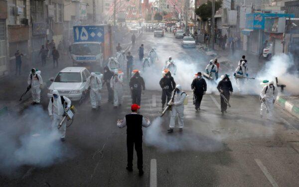 武汉疫情 伊朗清空全国店家和街道找疑似病例