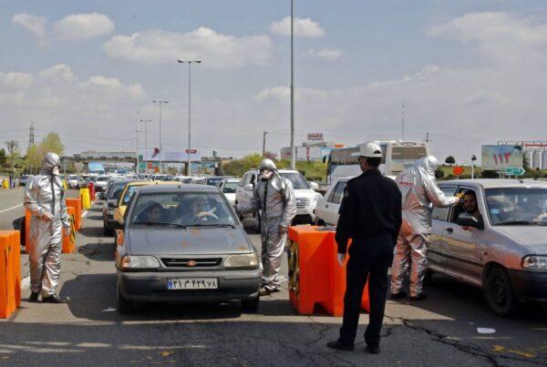 中共肺炎 伊朗再添157死 禁止城際往來