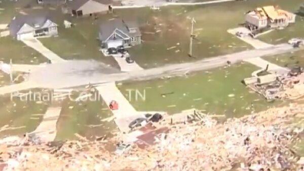 田纳西22人龙卷风遇难 川普周五慰问灾区
