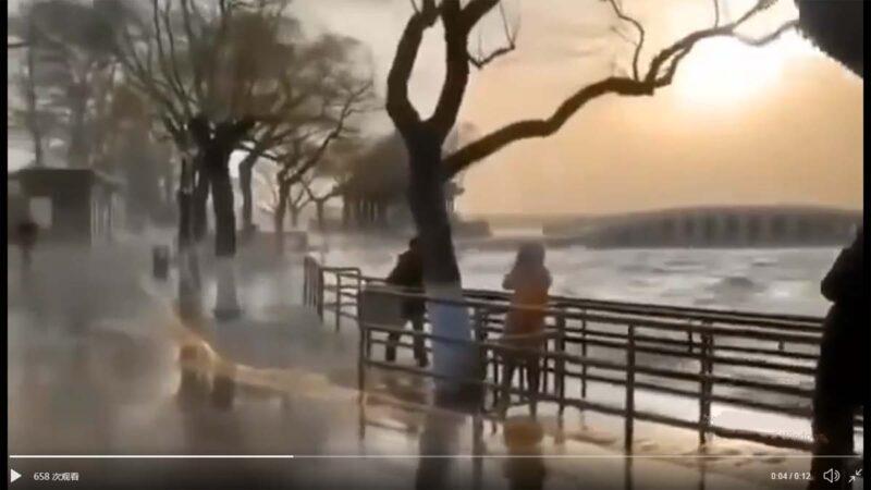 京津冀突发狂风大火 颐和园掀大浪人被吹飞