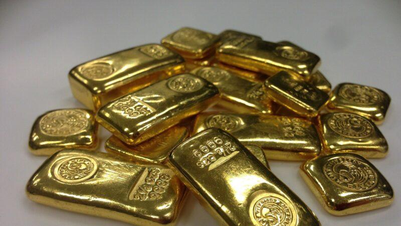 疫情致黃金供應短缺 引發全球投資者搶購