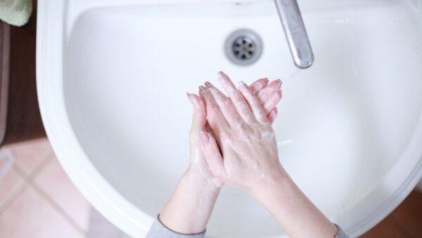 洗手比戴口罩更重要?别错过6个洗手时间点