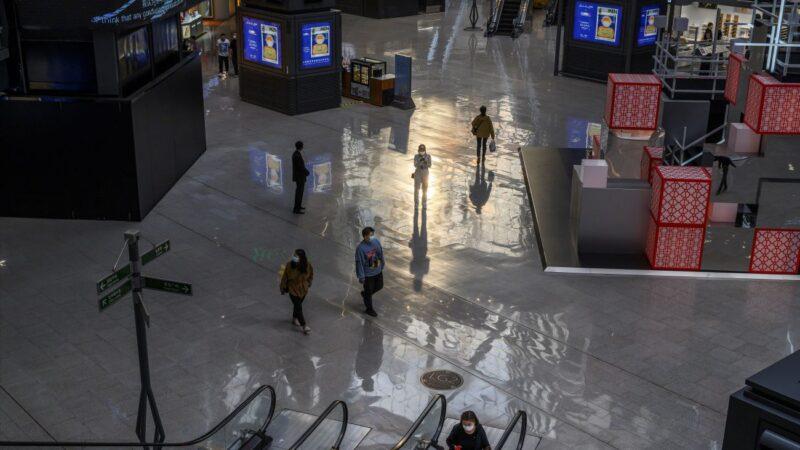 消费者捂紧钱包 失业率高达20% 中国经济复苏遇困