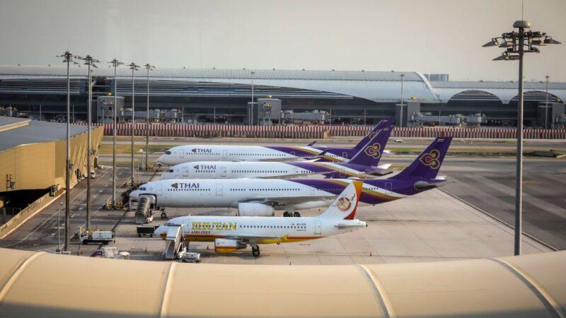 防堵疫情延燒 泰國關閉航班入境至18日