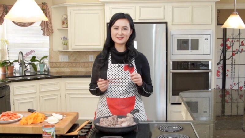 【玉玟厨房】牛尾汤配手工菠菜面