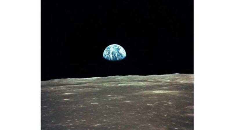 研究发现月球或在不断裂开