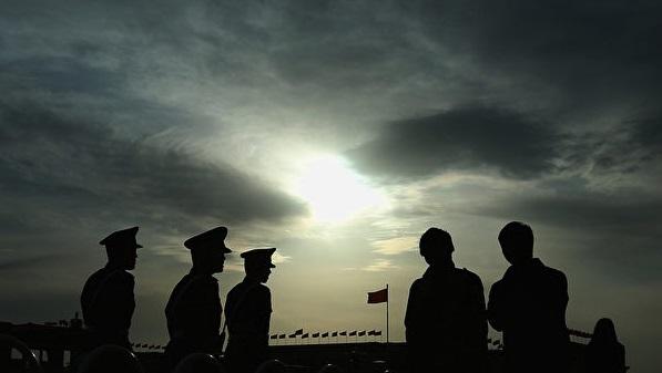 石铭:迫害法轮功的江泽民集团正在快速解体