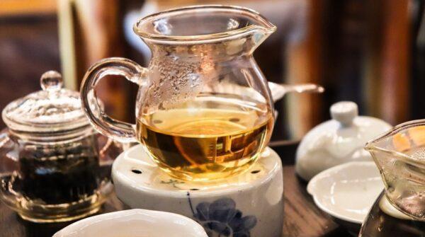 """超简单""""护肝法"""":5款茶饮 4个养肝小动作(组图)"""