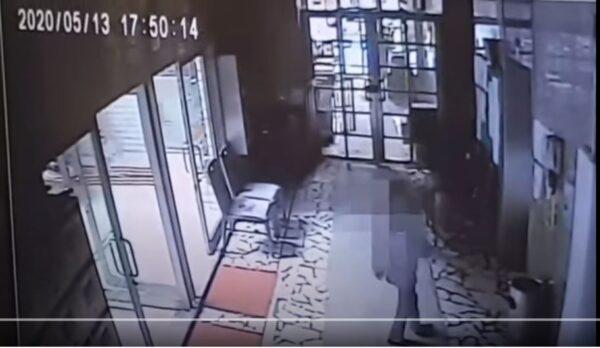 奇蹟!台女童14樓墜下 爬起來坐電梯回家(視頻)