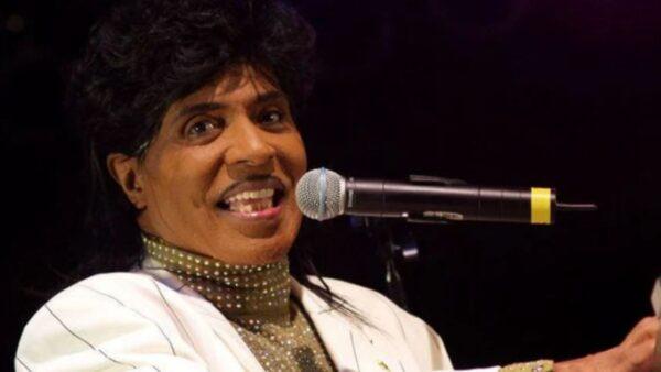 美传奇歌手小理查过世 猫王曾追随他曲风
