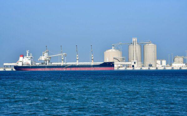 產油國協議日減970萬桶 沙特加碼6月再日砍百萬桶