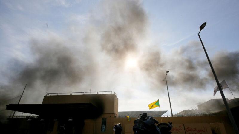 火箭险击巴格达绿区 美国大使馆警报器狂响