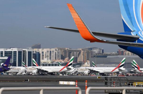 中共病毒冲击航空业 传阿联酋航空将裁员3万人