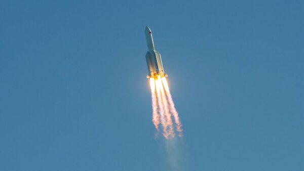 中共長征火箭失控墜落 美太空軍緊盯動態