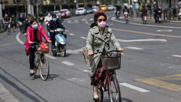 上海惊爆疫情 钟南山:中国情况不比外国好