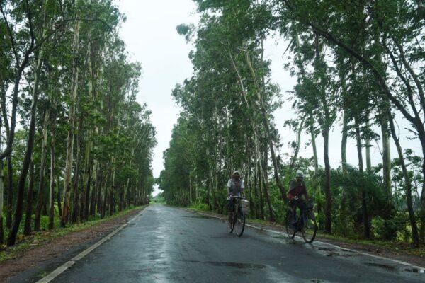 """21年来最强热带气旋 """"安潘""""直扑印度孟加拉"""